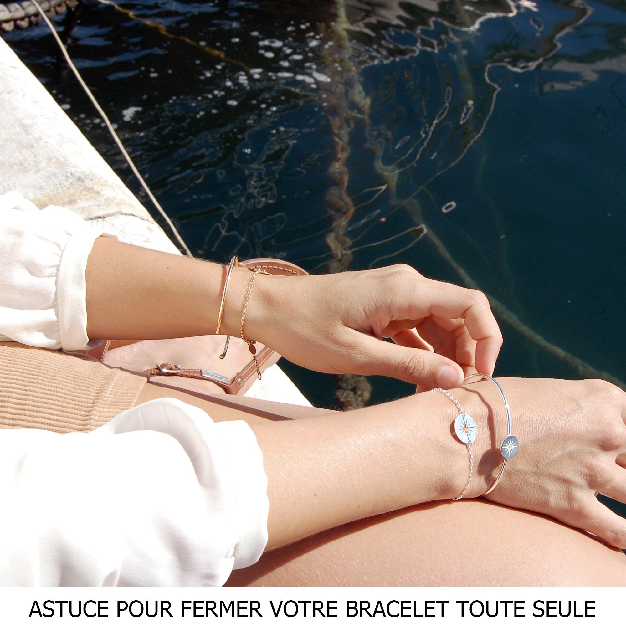 Je vous donne mon astuce pour fermer facilement et rapidement son bracelet sans l'aide de personne !